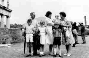 Italy Pompei Simkin Family 1964